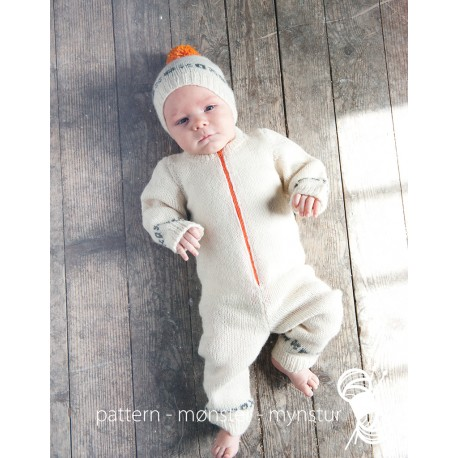 Baby´s Jumpsuit With Hat