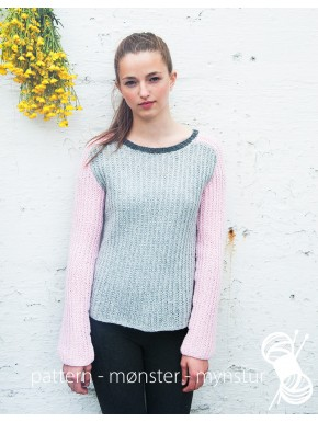 Grey Top With Pink Sleeves