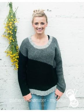Sweater med stribe på skrå
