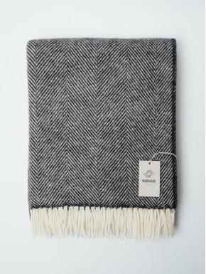 Midgrey woven blanket