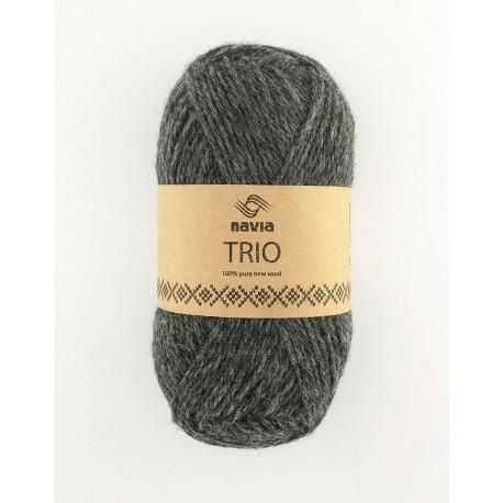 Trio millumgrátt