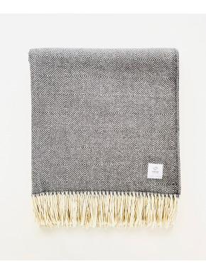Grey merino blanket with pattern