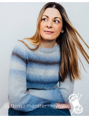 Sweater with sea colours