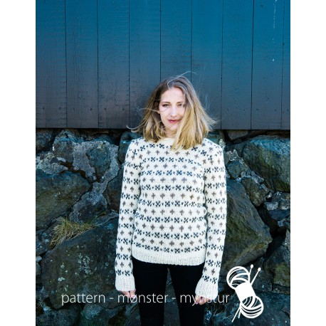 Traditional sweater for ladies